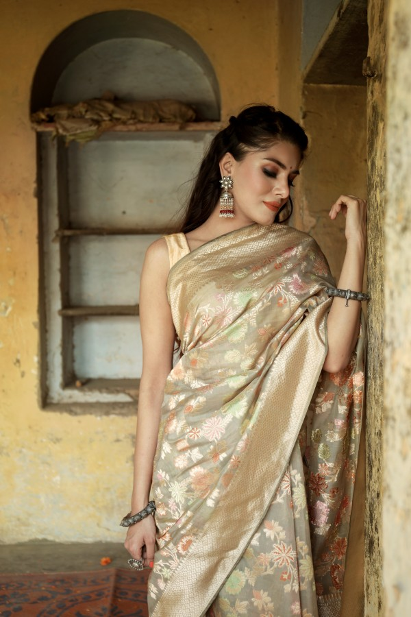 Handwoven grey  colour banarasi Organza saree