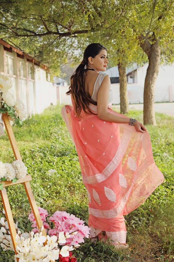 Handwoven peach colour banarasi Georgette saree