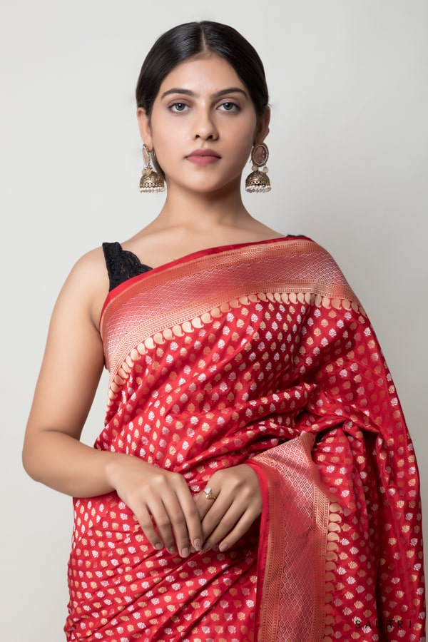 Handwoven red colour silk saree